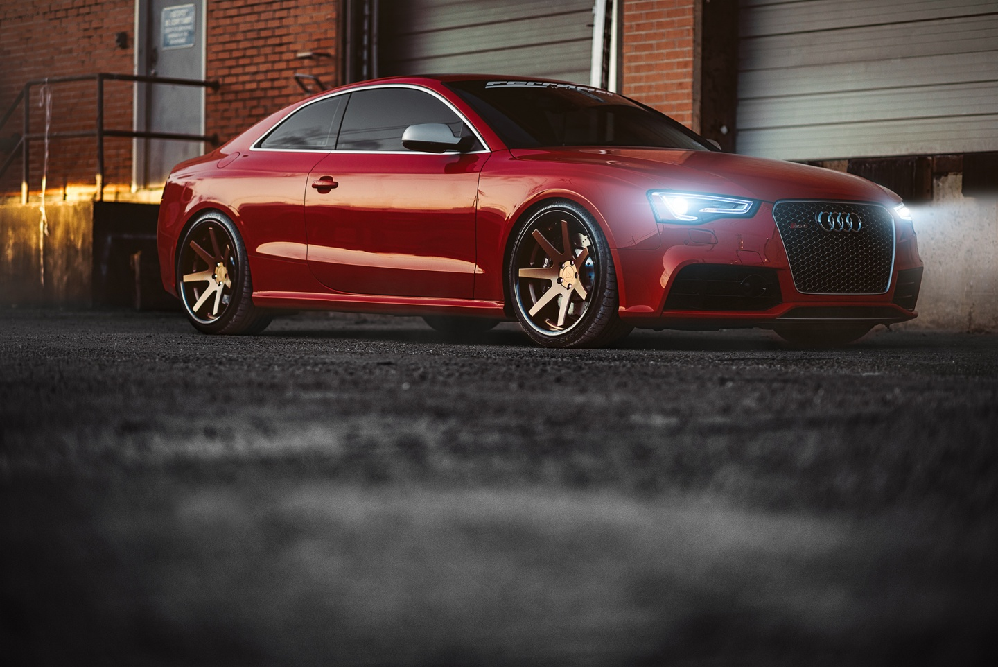 Audi RS5 Makes Itself Stand Out With The Ferrada FR1