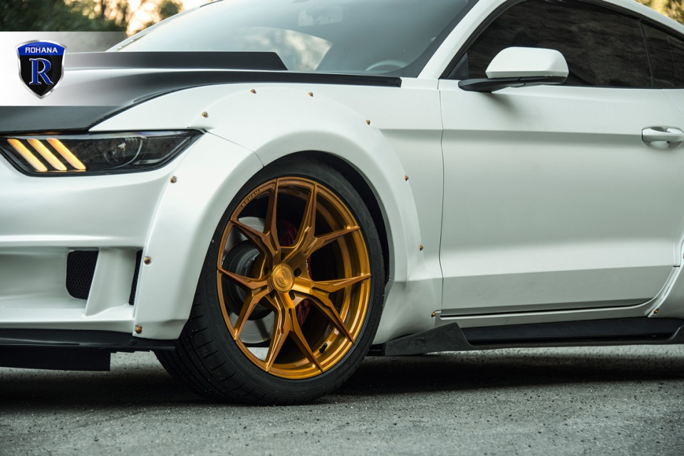 Ford-Mustang-RFX5-Gold-10-copy