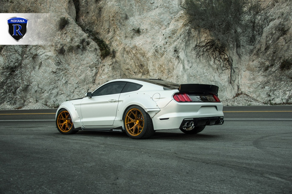 Ford-Mustang-RFX5-Gold-3-copy