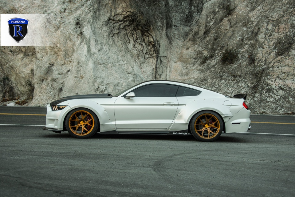 Ford-Mustang-RFX5-Gold-5-copy