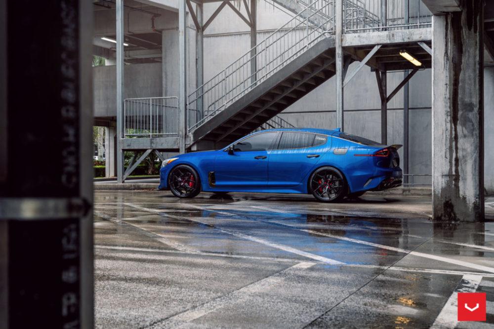blue stinger kia vossen hybrid forged hf5 wheels gloss black