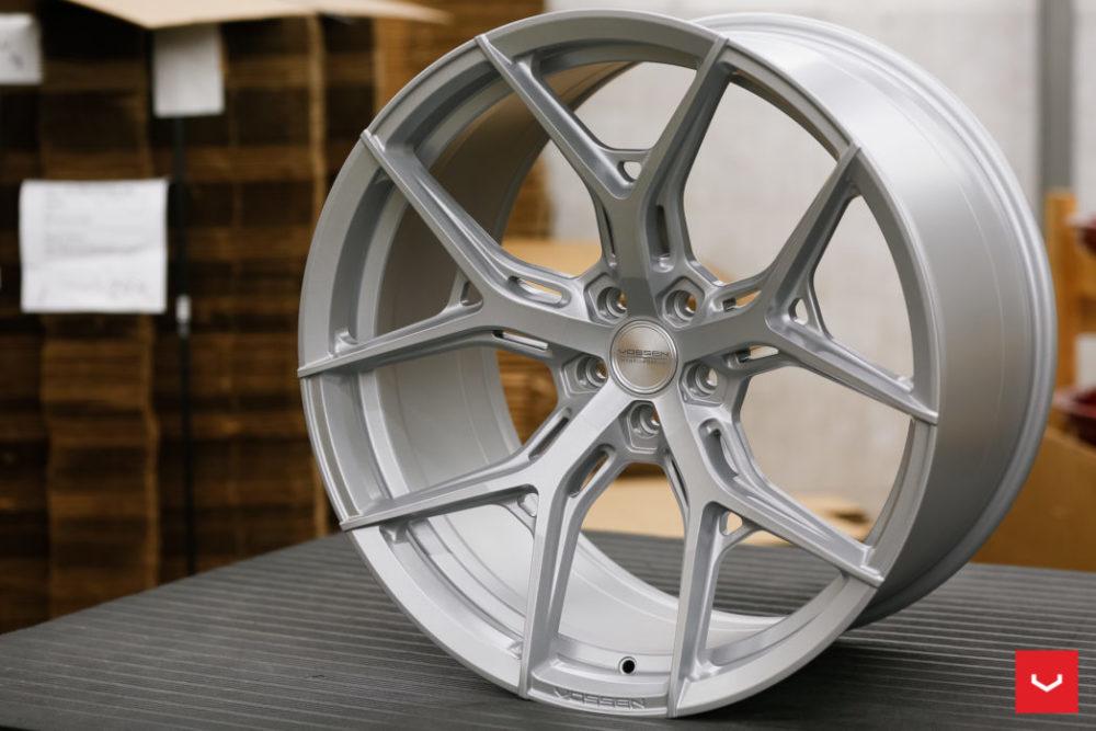 satin silver vossen hf5 hybrid forged wheel