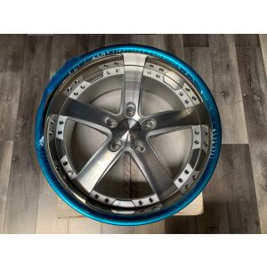 Roderick Wheels RW2 Cinque 20x8.5 ET45/20x10 ET50 5x112 66.6CB Staggered Set Black/Polished - Open Box