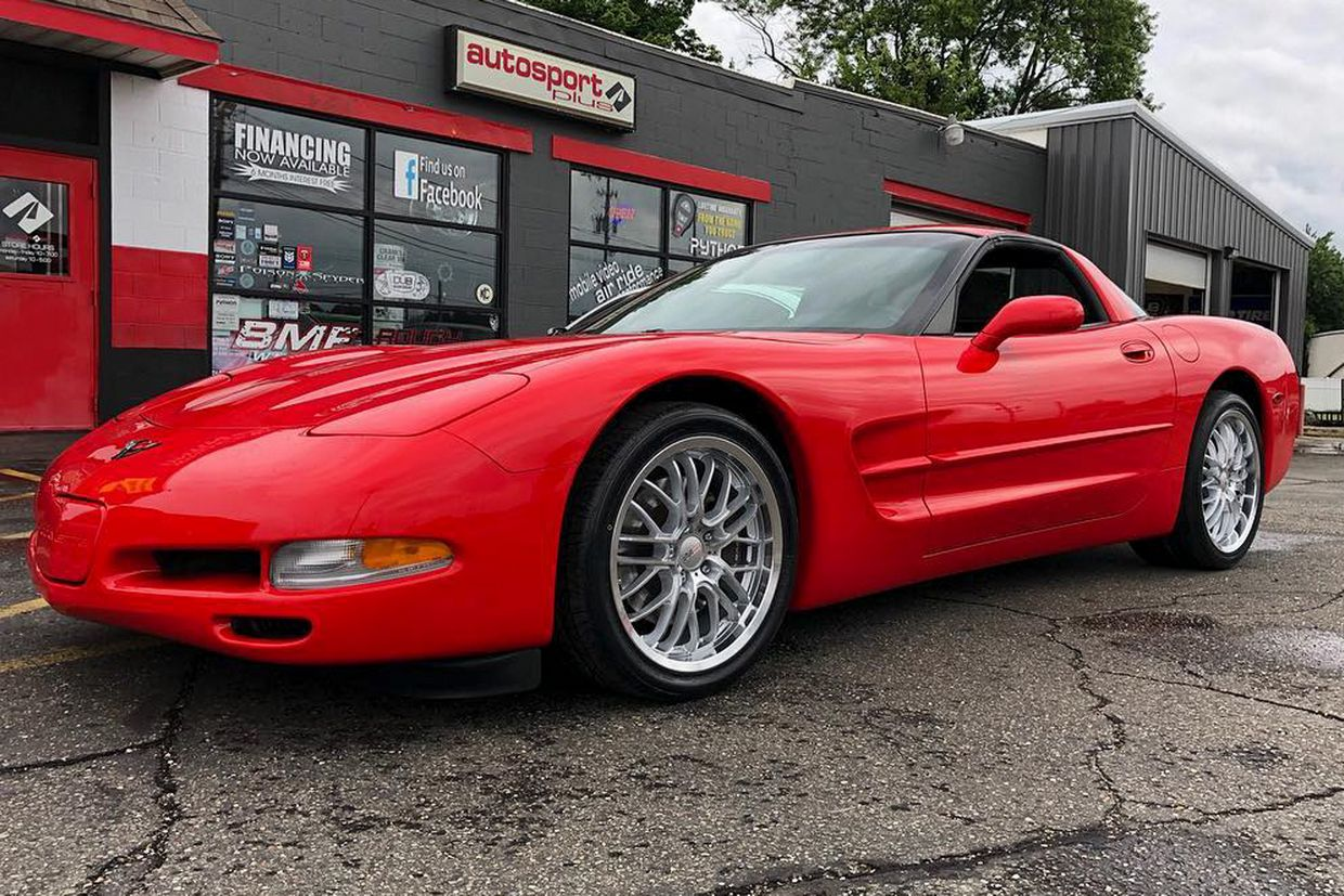 Cray Cray Eagle Wheels on Chevrolet Corvette C6