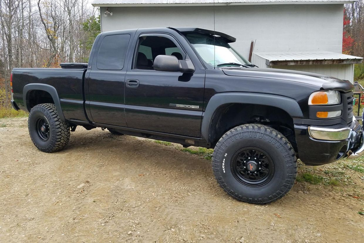 Level 8 Level 8 Strike 8 wheels on GMC 2500HD