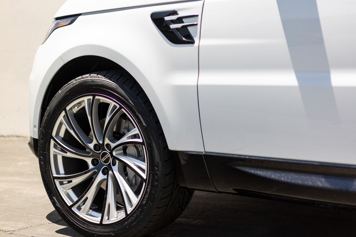Redbourne Redbourne Noble Wheels on Land Rover Range Rover Sport