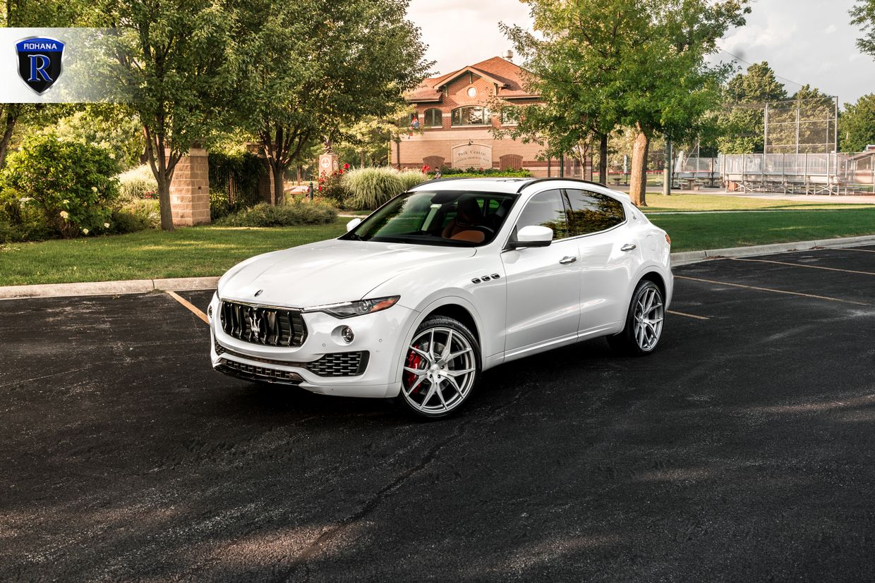 Rohana RFX5 Brushed Titanium on Maserati Levante
