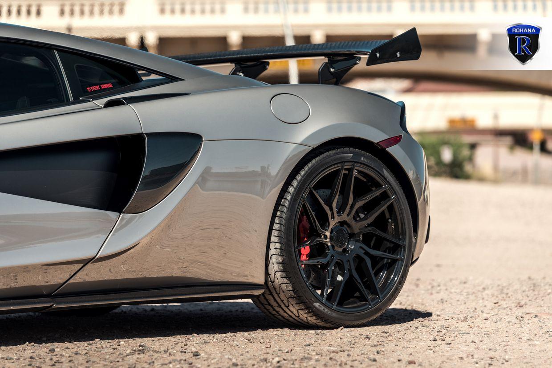 Rohana RFX7 Gloss Black on McLaren 570S