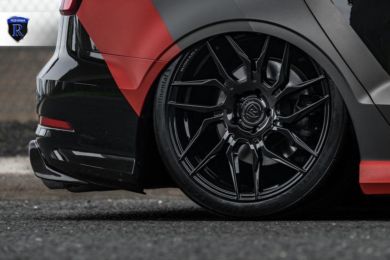 Rohana RFX7 Gloss Black on Audi S3