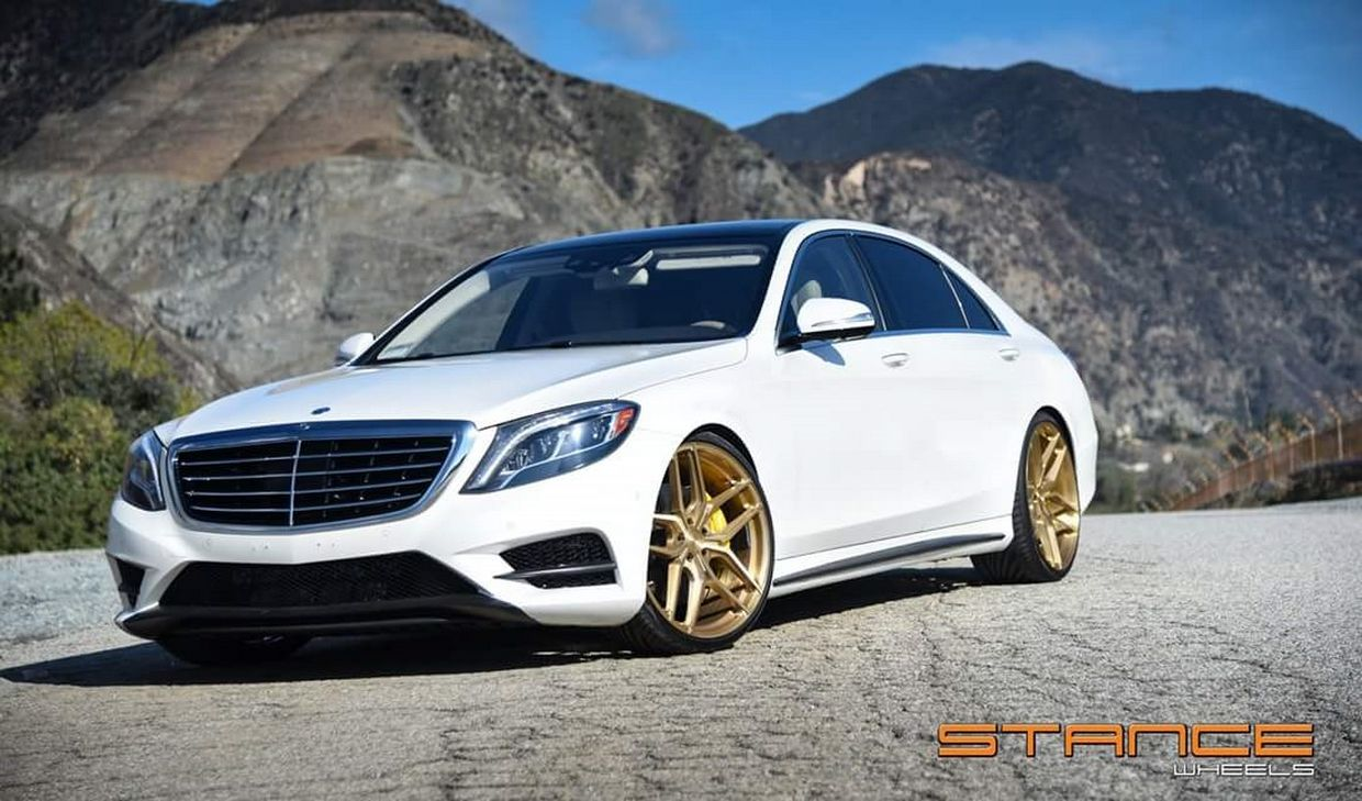 Stance SF03 on Benz S550