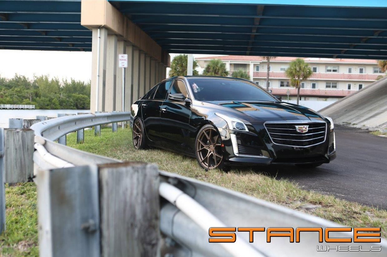 Stance SF07 on Cadillac CTS