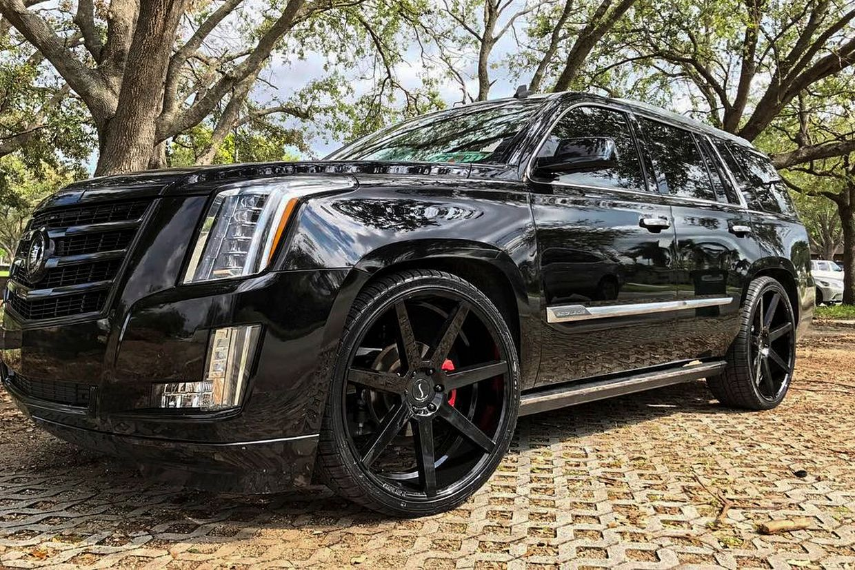 Status Status Journey Wheels on Cadillac Escalade