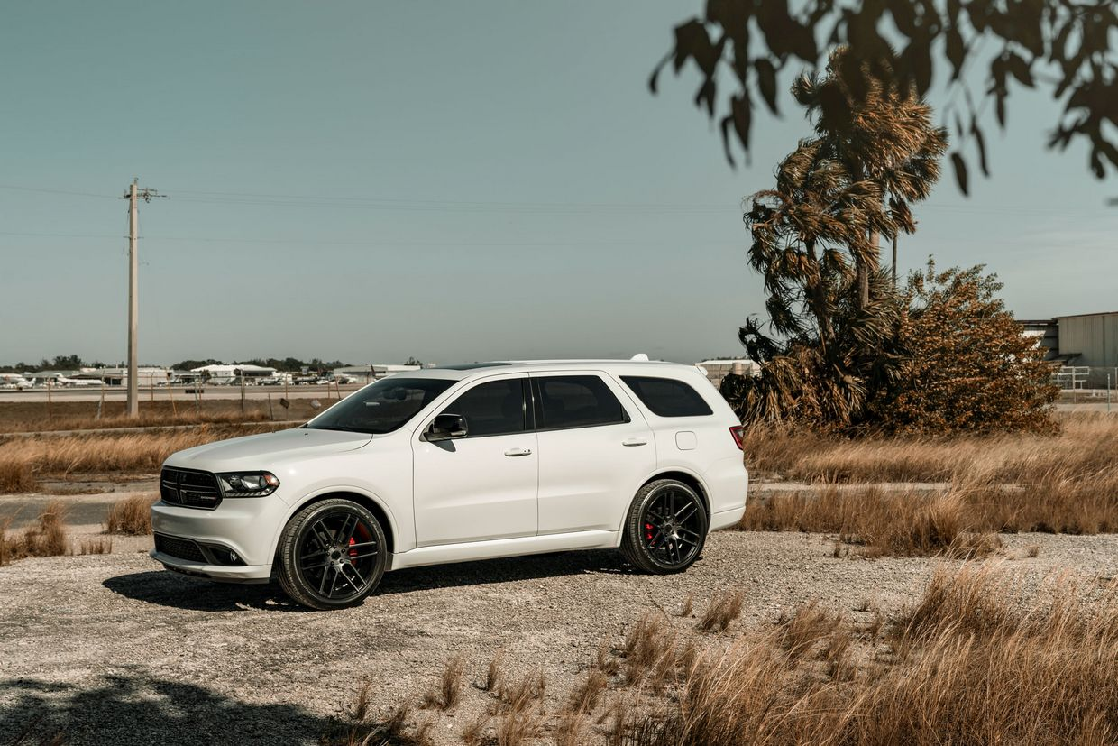 Status Status Titan Wheels on Dodge Durango