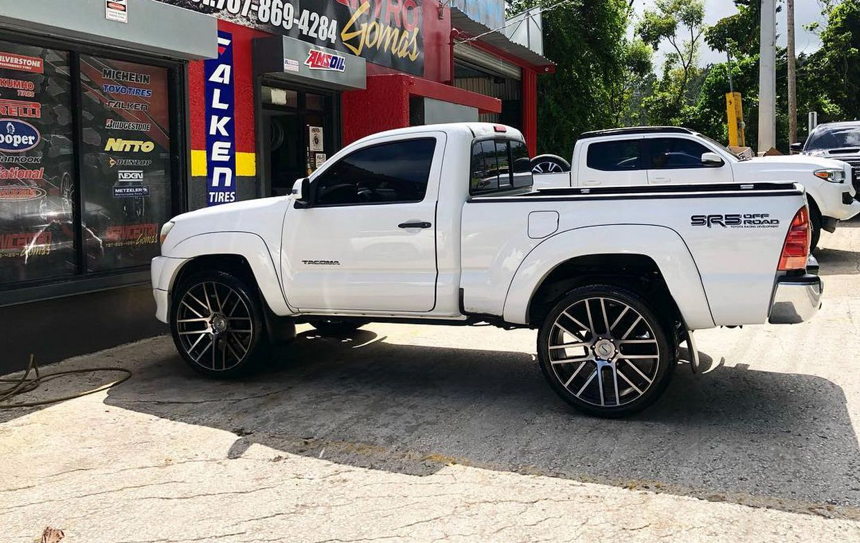 Status Status Rogue Wheels on Toyota Tacoma