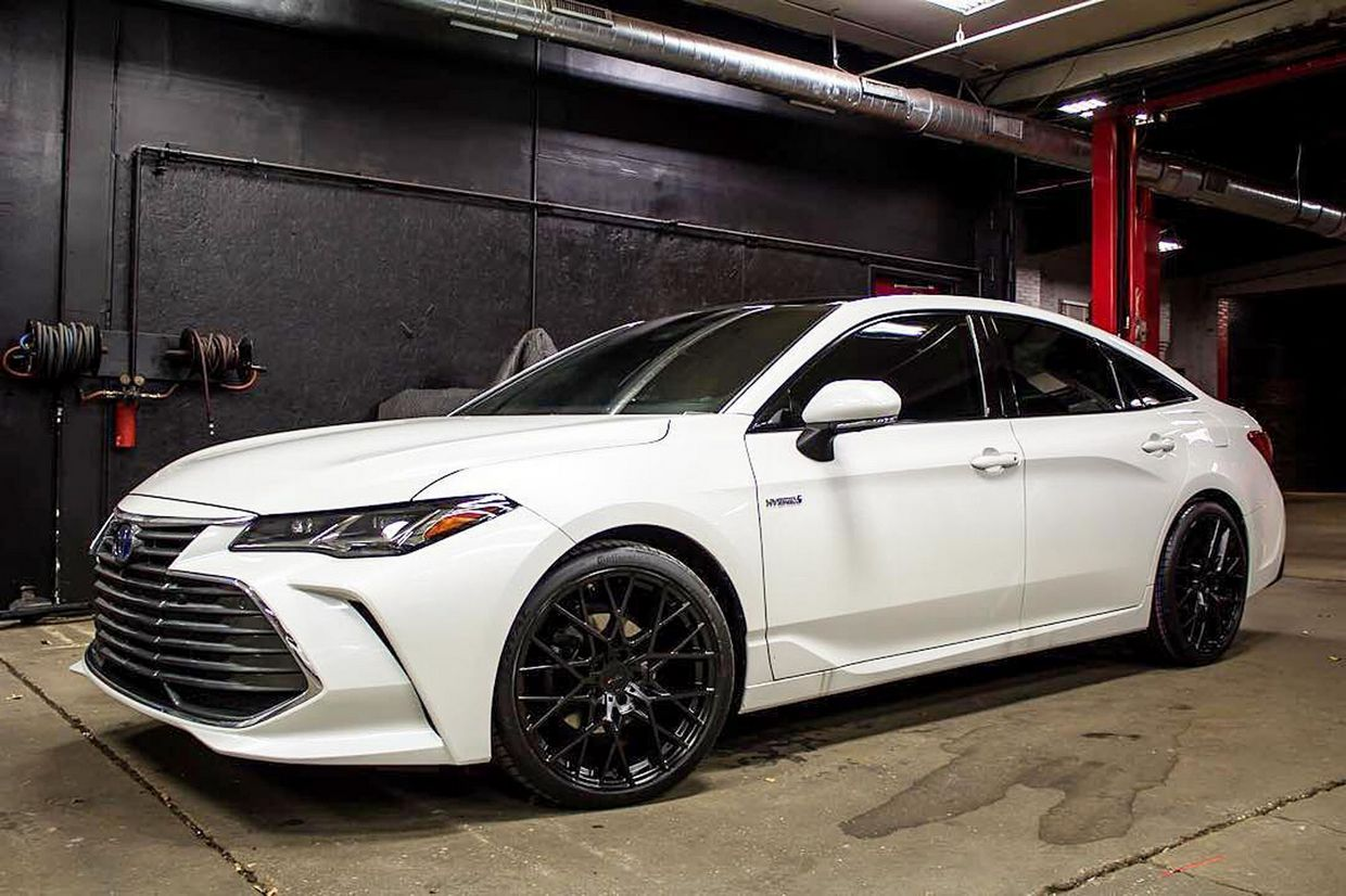 TSW Tsw Sebring Wheels on Toyota Avalon